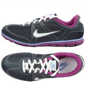 Nike Oceania Obsidian Purple Running Sneaker